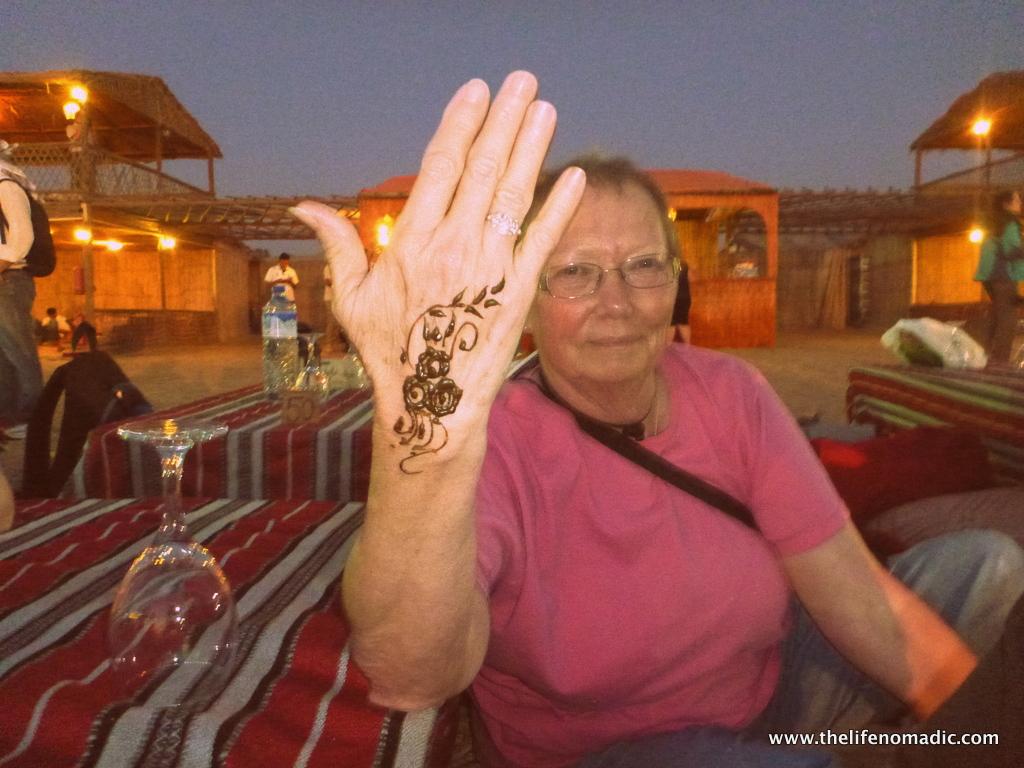 Mom gets henna!