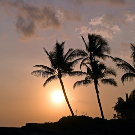 Sunset on the Kona coast by Rita Garcia via Trover.com
